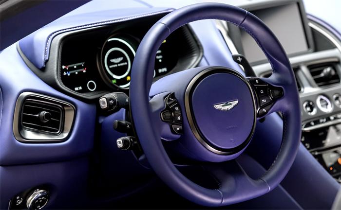 Aston Martin DB11 V8-Version