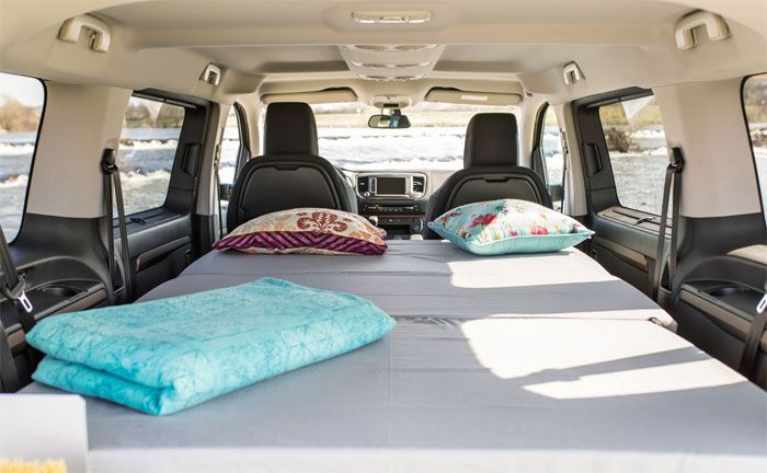 toyota proace verso wird zum campingmobil umfunktioniert. Black Bedroom Furniture Sets. Home Design Ideas