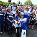 Isle of Man Tourist Trophy: Ian Hutchinson #4 (GBR), Team Tyco BMW Motorrad Racing, BMW S1000RR