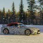 Entwicklungsfahrzeuge des neuen Mercedes-AMG SL (Baureihe 232) bei der abschließenden Wintererprobung in Schweden.
