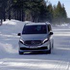 Mercedes-Benz EQV bei der Wintererprobung am Polarkreis