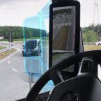 Mercedes-Benz Actros mit MirrorCam: Durch den Wegfall der klassische Spiegel freie Sicht du rch die Seitenscheibe. Der markierte Bereich verdeutlicht den Sichtgewinn.
