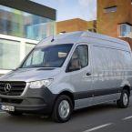 Mercedes-Benz Sprinter mit der Vierzylinder-Diesel-Generation der Motorenfamilie OM 654