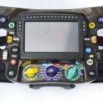 Lenkrad eines Formel-1-Rennwagens von Mercedes-AMG Petronas Motorsport