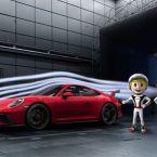Das Sommerferienprogramm im Porsche Museum widmet sich dem 50-jährigen Standortjubiläum von Porsche in Weissach.