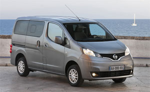 nissan nv200 evalia der kompakte 7 sitzer. Black Bedroom Furniture Sets. Home Design Ideas