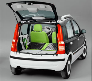fiat panda alessi feiert in berlin deutschland premiere. Black Bedroom Furniture Sets. Home Design Ideas