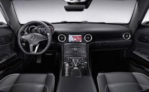Mercedes-Benz SLS AMG: Das Interieur des neuen Flügeltürers