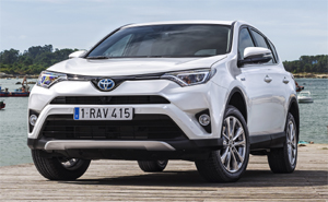 der neue toyota rav4 hybrid. Black Bedroom Furniture Sets. Home Design Ideas